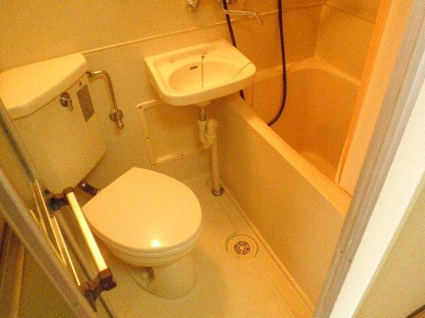 中川ビル 203号室の風呂