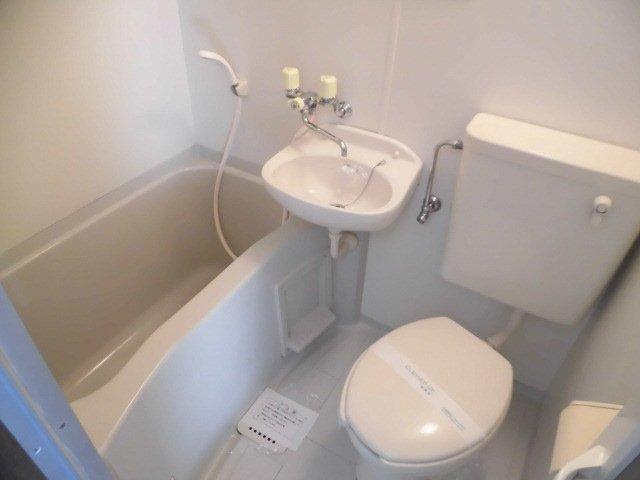 カーサ1/F 202号室の風呂
