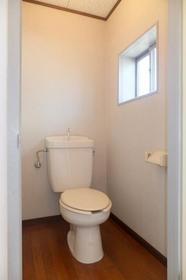 木原荘 102号室のトイレ