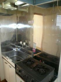 ニューコーポ 2号室のキッチン