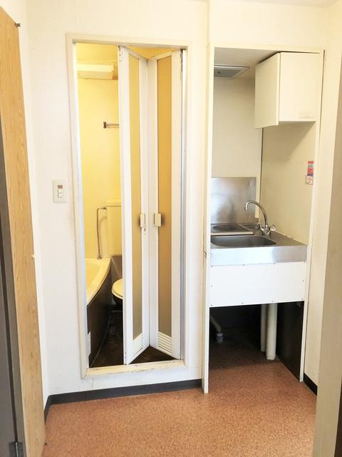 スカイコート府中 401号室のキッチン