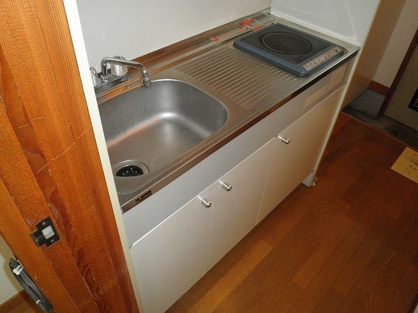 ハイツアカシア 201号室のキッチン
