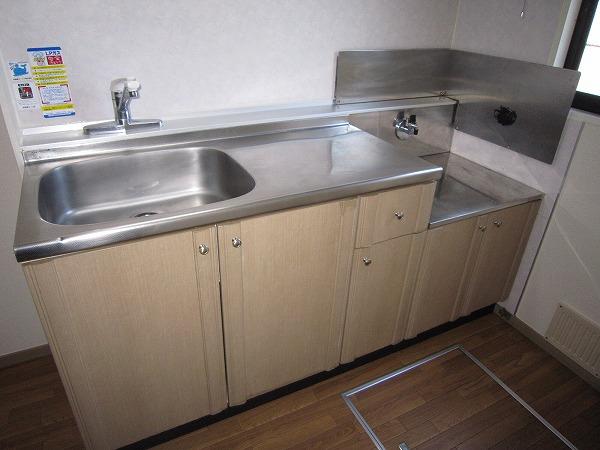 フォーレスト 103号室のキッチン