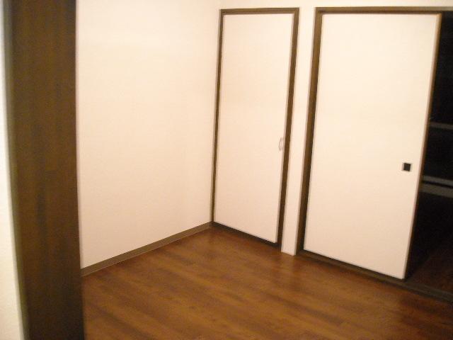 ラキアン シナール 203号室のリビング