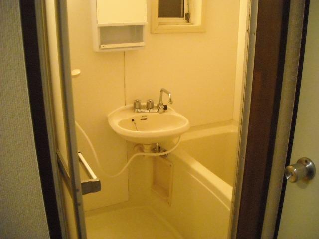 ラキアン シナール 203号室の風呂