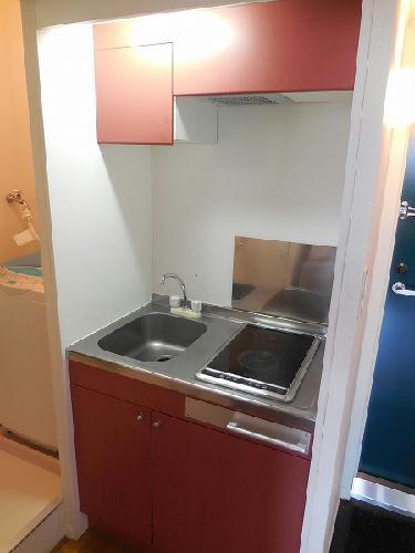 レオパレスクラージュ 201号室のキッチン