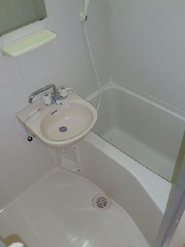 レオパレスクラージュ 204号室の風呂