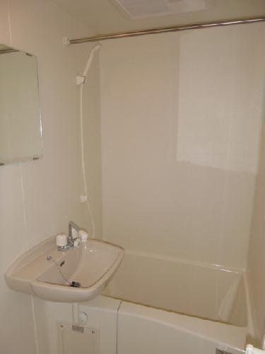 レオパレスK&H 203号室の風呂