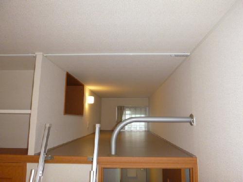 レオパレスK&H 203号室の収納