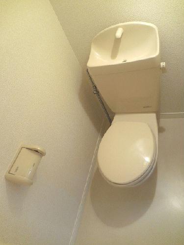 レオパレスBelle demeure 201号室のトイレ