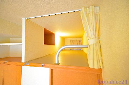 レオパレスクレスト 206号室のキッチン