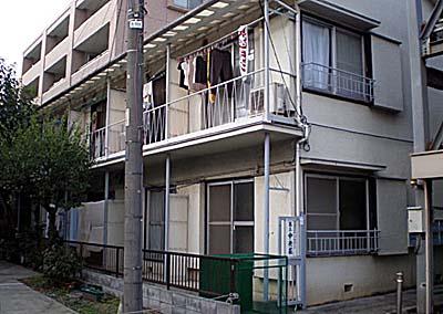 第三中央荘 103号室の外観