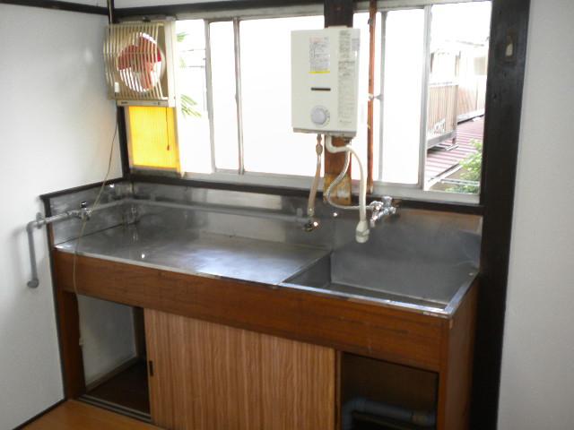 遠藤荘 201号室のキッチン
