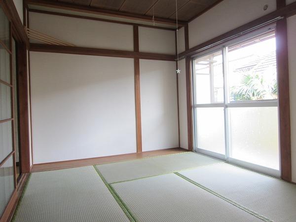 川崎荘 202号室のキッチン