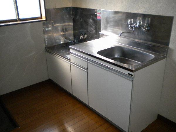熊倉ハイツ 204号室のキッチン