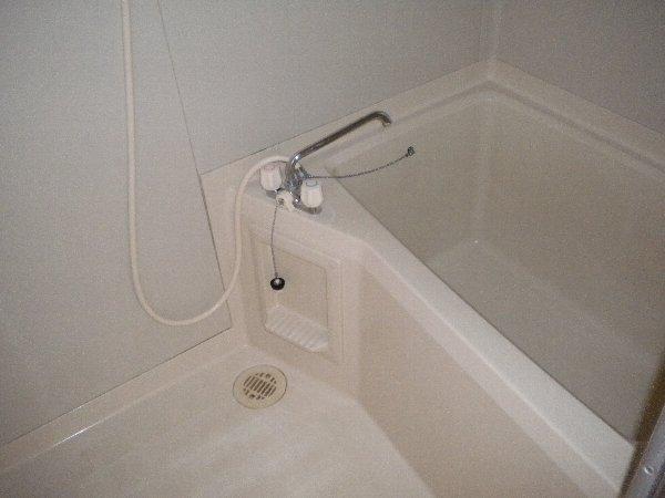熊倉ハイツ 204号室の風呂