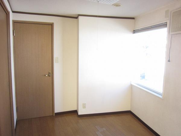 間橋ビル 202号室のベッドルーム