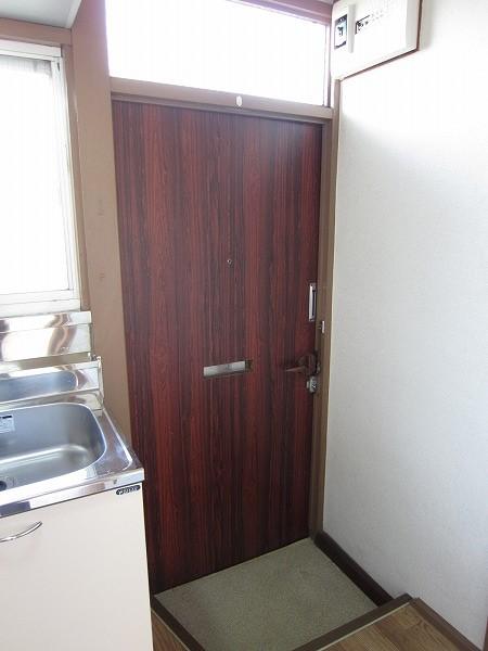 光コーポ 103号室の玄関