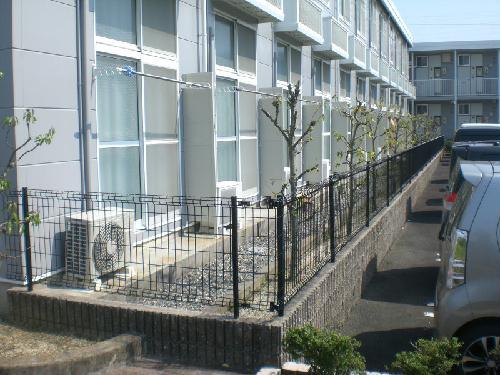 レオパレスサンシャインⅢ 202号室の庭