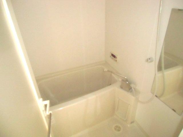 アクロス 101号室の風呂