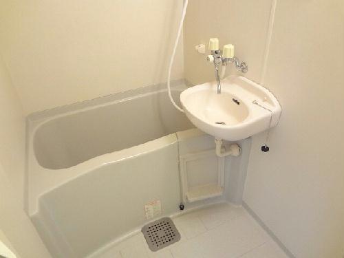 レオパレス神田 203号室の風呂