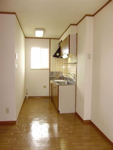 フローラーリア 02030号室のリビング