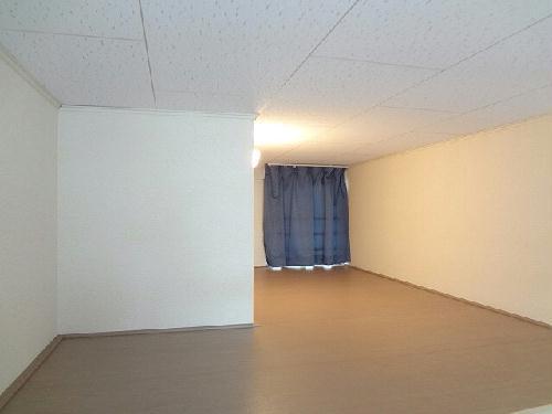 レオパレスフレンズ 101号室のベッドルーム