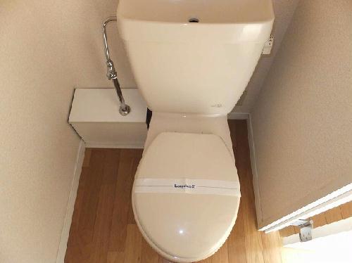 レオパレスファースト 104号室のトイレ
