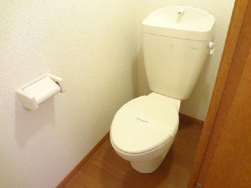 レオパレスCOZY 206号室のトイレ