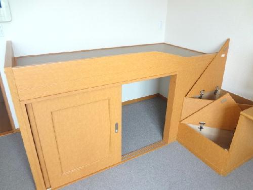 レオパレスCOZY 206号室の収納