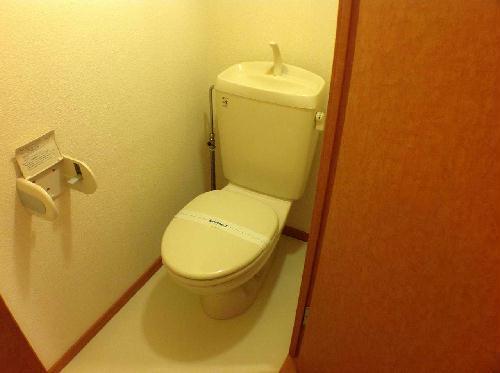 レオパレスSHINBAⅡ 106号室のトイレ
