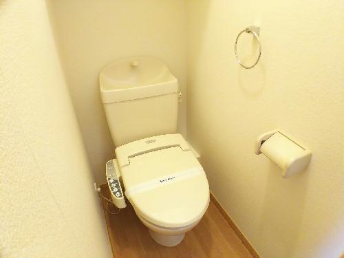 レオパレスMANATO 201号室のトイレ