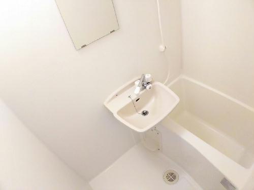 レオパレスMANATO 201号室の風呂