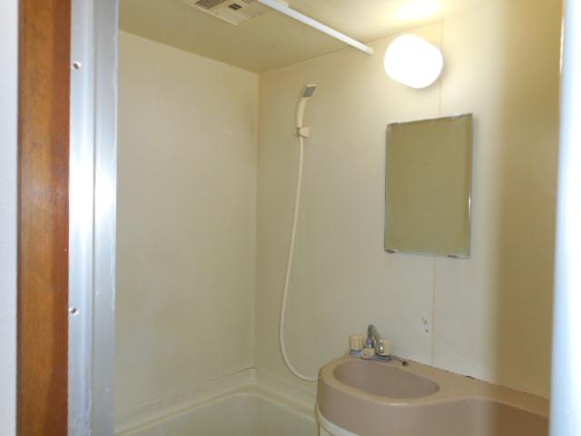 メゾンMORI 303号室の風呂