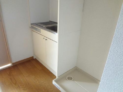 レオパレス廣岡 204号室のキッチン