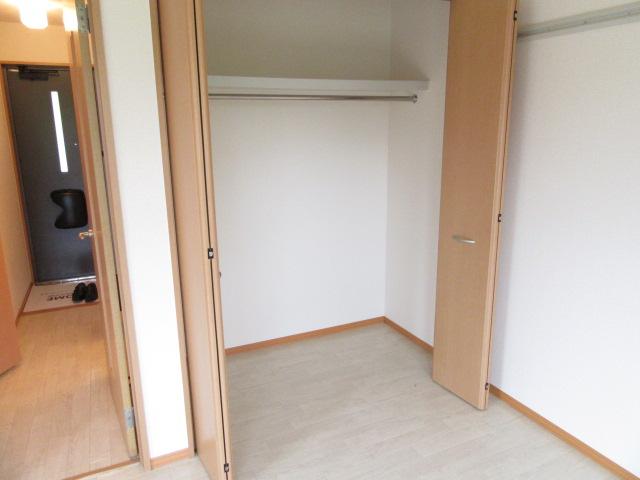 メゾン・ド・ベガ 206号室の収納