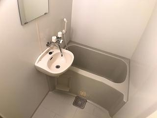 レオパレスハーヴェスト 102号室の風呂