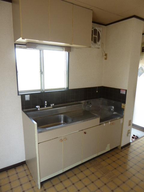 東町フォーブル 101号室のキッチン
