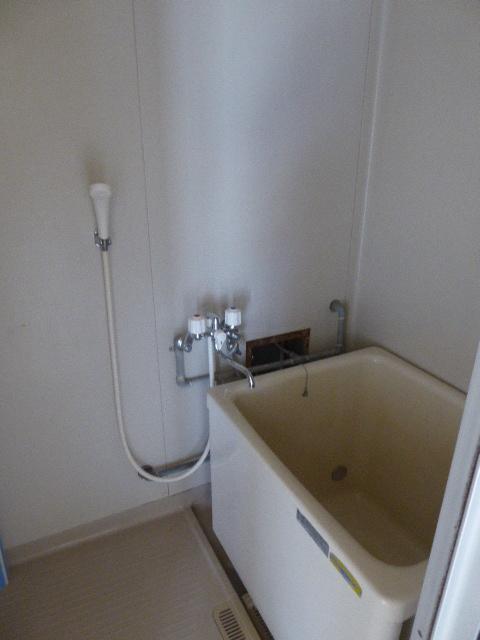 東町フォーブル 101号室の風呂