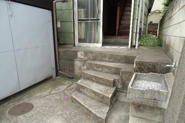 杉山荘 202号室のロビー