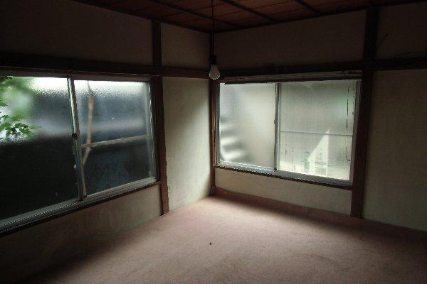 杉山荘 202号室のリビング