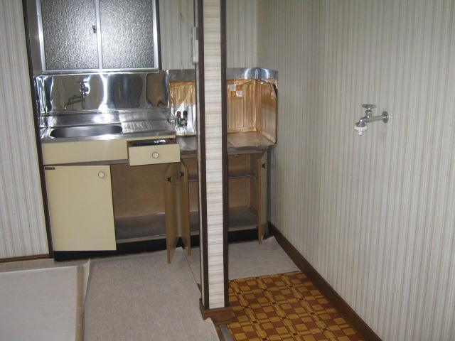 吉田荘 207号室のキッチン