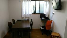 Kハウス早稲田 102号室のリビング