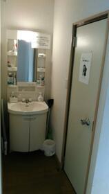 Kハウス早稲田 102号室の洗面所