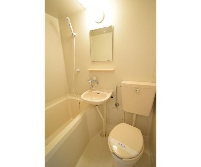 フラット練馬 102号室の風呂
