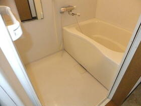 翆耀館 3FB号室の風呂