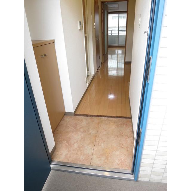 トウセン南大塚 1002号室の玄関