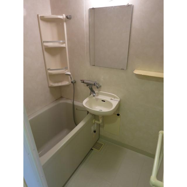 トウセン南大塚 1002号室の風呂
