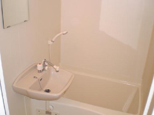 レオパレスサンボーン 101号室の風呂