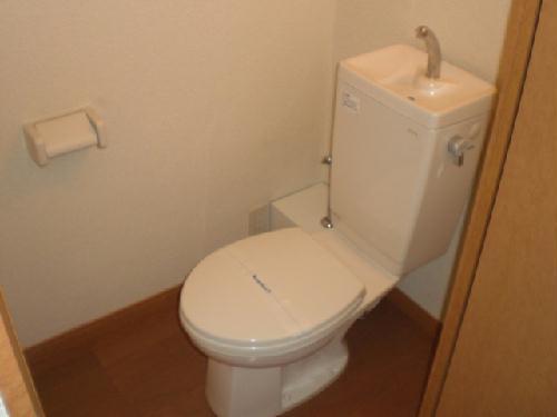 レオパレスサンボーン 101号室のトイレ